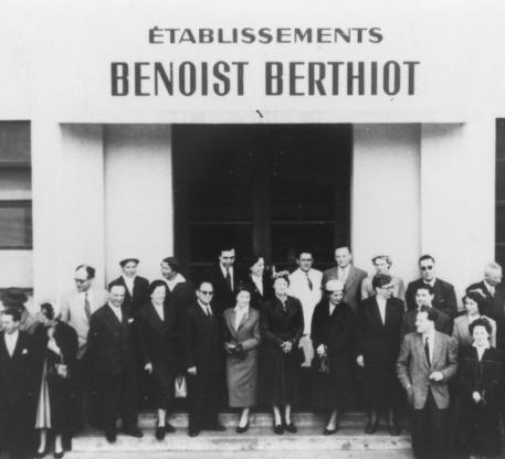 BBGR BENOIST BERTHIOT une des premières usines de surfaçage de verres ophtalmiques au monde